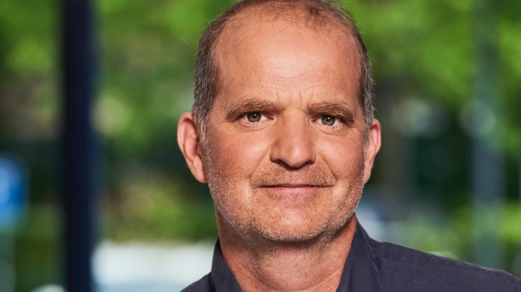 Dirk Schouten