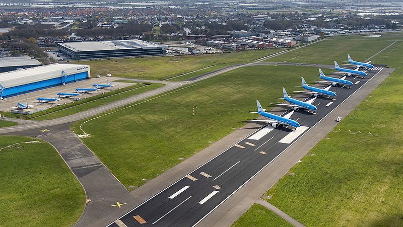 Vliegtuigen KLM aan de grond