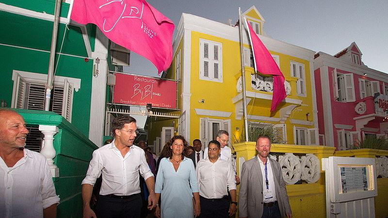 De moeizame samenwerking tussen Nederland en Curaçao