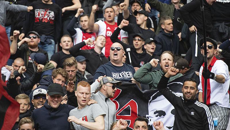 Voetbalsupporters horen regelmatig racisme op de tribune, maar zeggen vaak niks