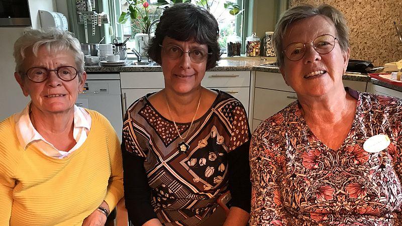 Vrijwilligers voor mensen in hun laatste levensfase vinden hun werk zo mooi 'dat het minder zwaar wordt'