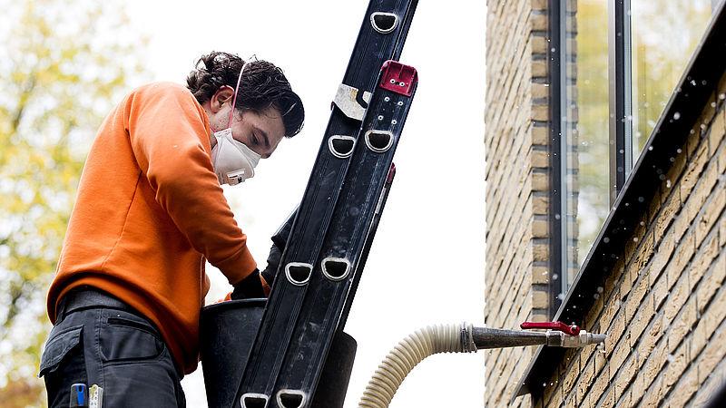 Paul Smeulders (GroenLinks) wil woningcorporaties verplichten huizen te verduurzamen