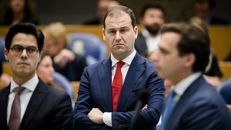 Asscher zet hakken in het zand: 'Als kabinet onze steun wil, moeten ze onze kant op'