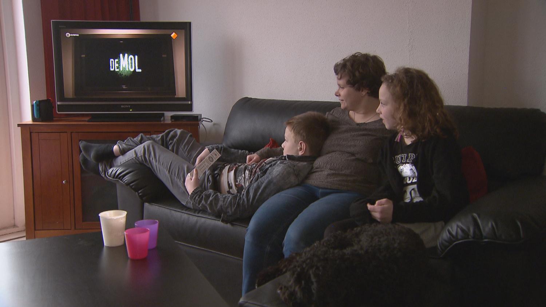 Beste Tv Voor Slechtzienden.Blind Of Slechtziend Tv Kijken Hoe Gaat Dat Eenvandaag