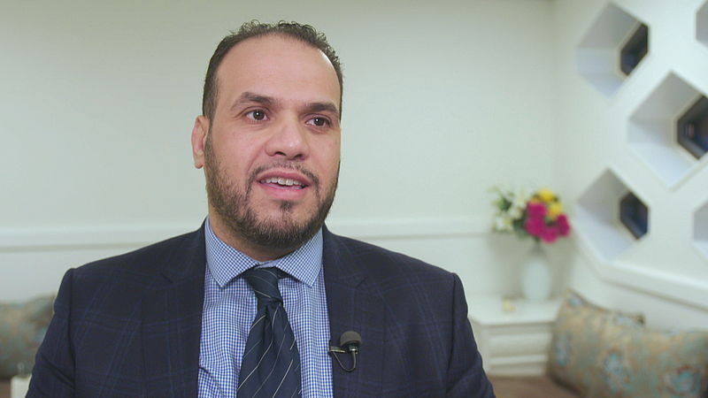 Volgens imam Elforkani is er 'geen enkele bemoeienis met onze moskee' en daarom is hij tegen een verbod op buitenlandse financiering