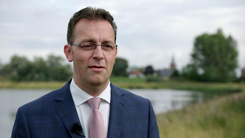 Pieter Slagboom vindt 'Gods wegen hoger dan die van de mens' en laat daarom zijn kinderen niet vaccineren