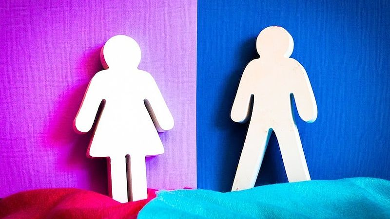 Mannen en vrouwen delen net zo makkelijk emoties, maar welke dat zijn verschilt