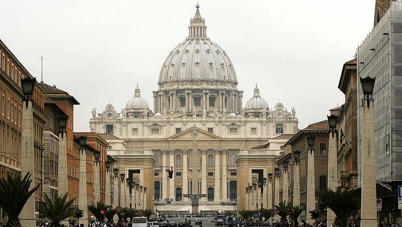 Waarom roken in de katholieke kerk al 429 jaar verboden is