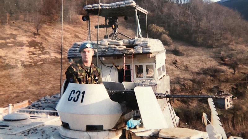 Dutchbat-veteraan doet aangifte tegen Defensie wegens zware mishandeling