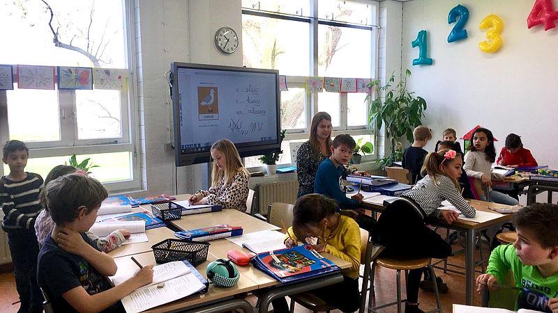 Oud-leerlingen inzetten en 3 andere ideeën om het onderwijs te vernieuwen