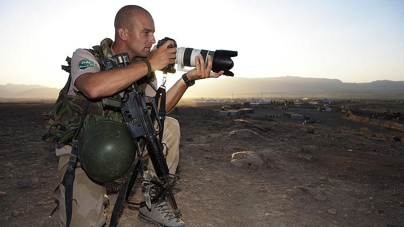 Tweede Kamer wil bewustwordingscampagne PTSS vanwege defensiefotograaf Dave