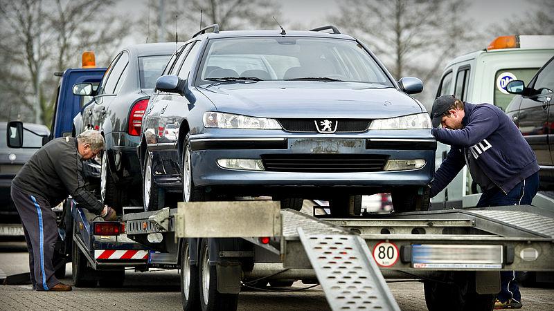 Zo kom je erachter of er is gesjoemeld met de kilometerteller in jouw auto