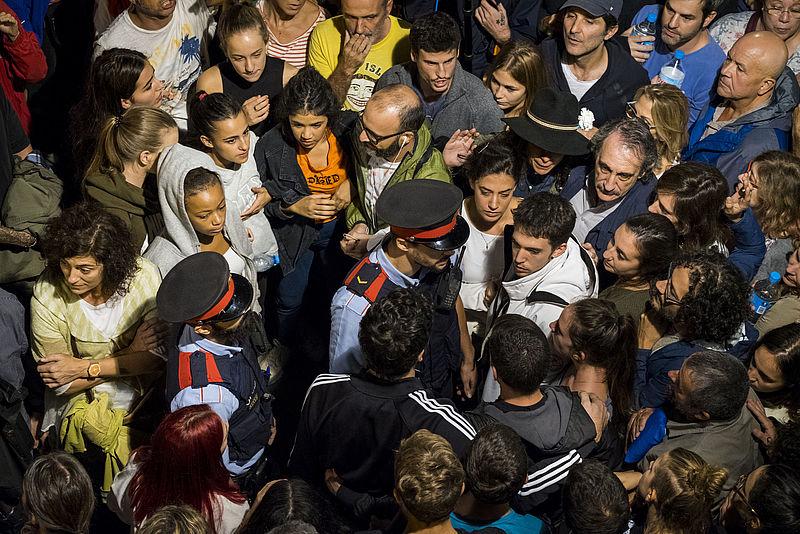 Onvrede over politie-inzet bij referendum Catalonië