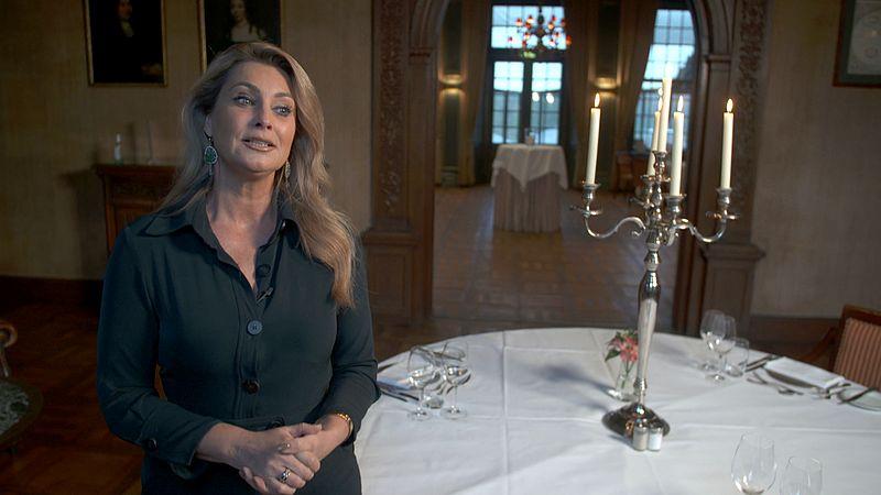 Etiquette deskundige Anne-Marie van Leggelo
