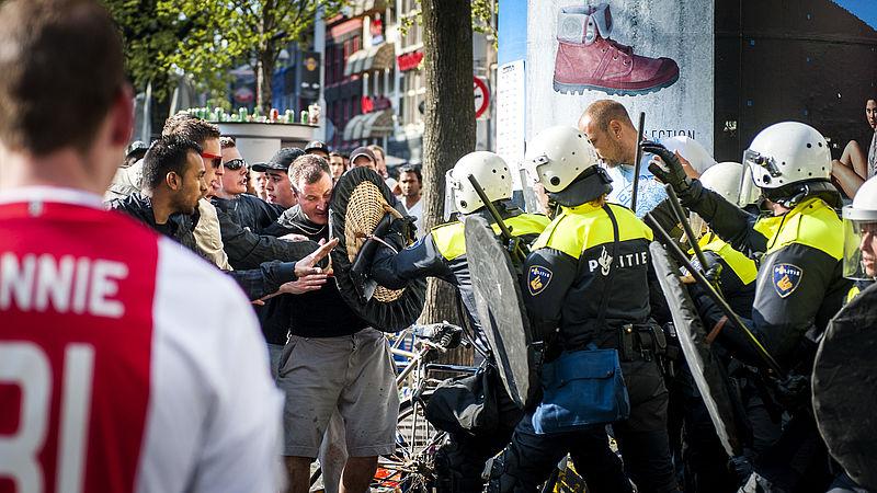 Geweld in voetbalstadions: veruit meeste vechtpartijen bij Ajax