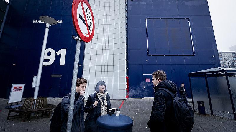 4500 euro boete voor een sigaretje op het schoolplein: 'Belachelijk'