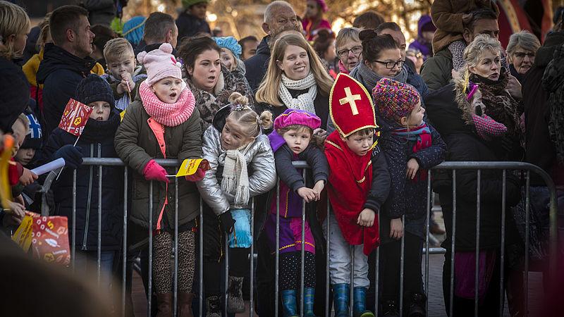 Sponsoren Sinterklaasintocht Den Haag Haken Af Na Brief Van Kick Out Zwarte Piet Eenvandaag