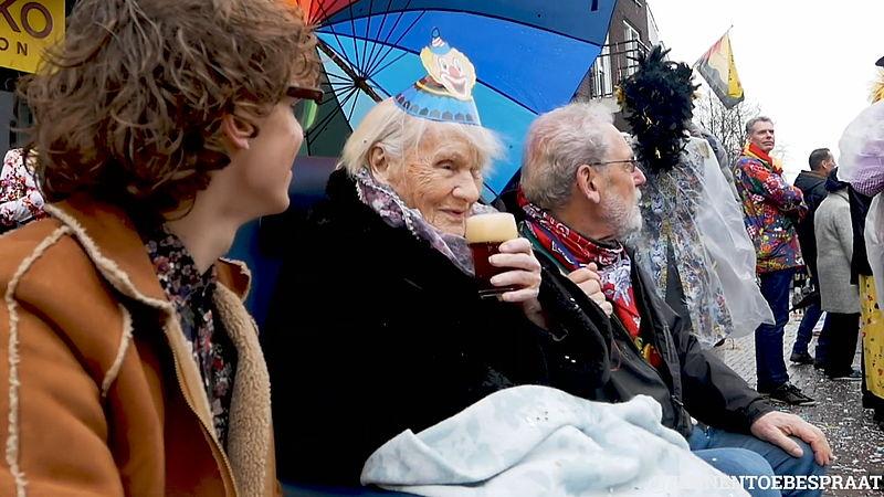 Teun bezorgt ouderen met dementie geluksmomentjes