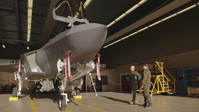 De JSF op de vliegbasis in Leeuwarden