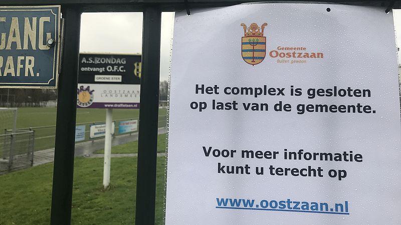 Burgemeester sluit sportcomplex voetbalclub in Oostzaan: 'Men voelt zich onveilig'