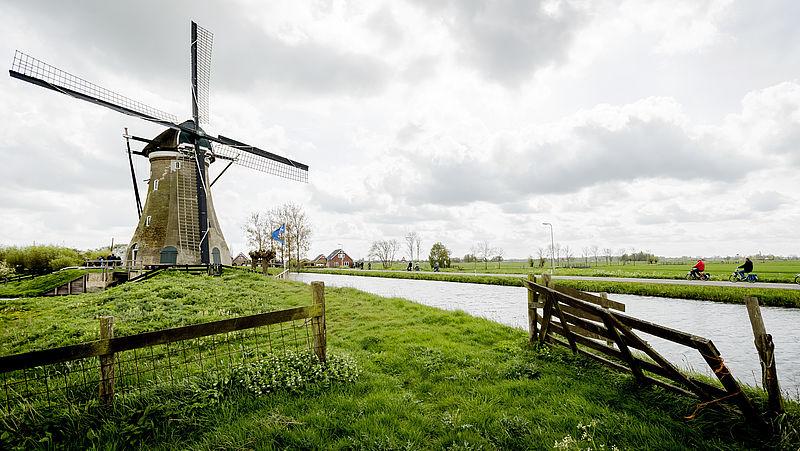 Wat is de Nederlandse identiteit? Geef je mening!