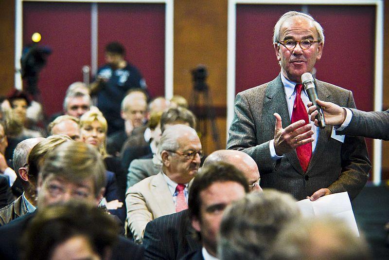 Frans Weisglas: kabinetsoptreden rond dividendbelasting 'slecht voor vertrouwen'