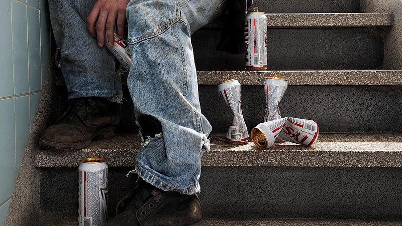 'Zorg bij alcoholverslaving heeft meer prioriteit nodig, er gaan mensen dood op de wachtlijst'