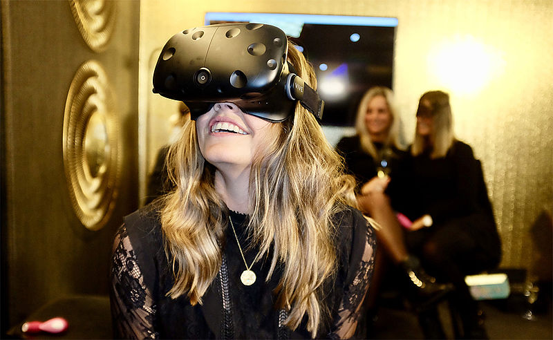 Virtual reality-seks: nu met Mr. Grey, straks met je eigen partner