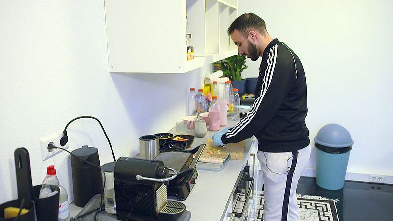 Hassan bereidt tijdens de ramadan maaltijden voor iedereen die dat nodig heeft