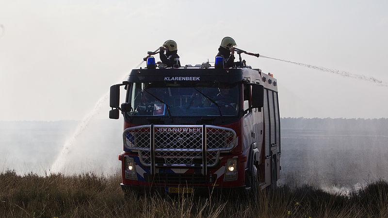 Bestrijding natuurbranden op de Veluwe in gevaar door bezuinigingen: 'Er wordt met mensenlevens gespeeld'