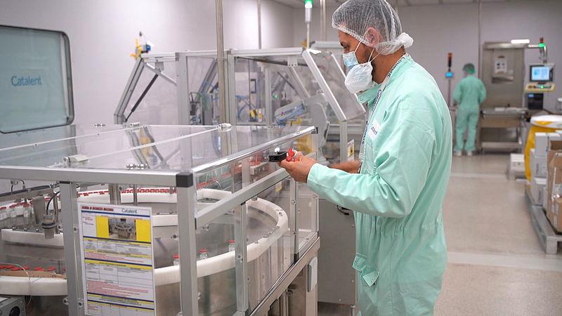 Het Oxford-vaccin wordt hier gemaakt en gaat nu de laatste fase voor goedkeuring in