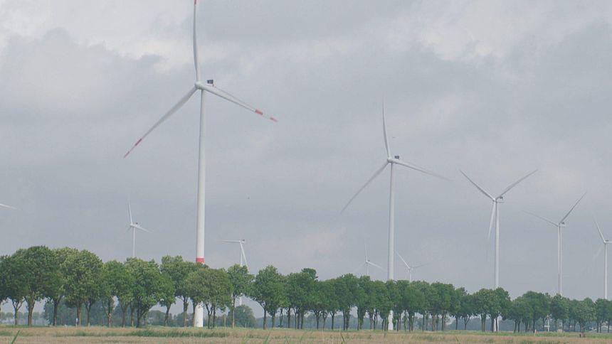Anton Meijssen blijft vechten tegen de 16 nieuwe windmolens in zijn woonplaats.