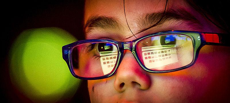 Brillenglazen tegendyslexie ofcrème tegen computerlicht:Reclame Code Commissiewaarschuwt voor misleidende reclame
