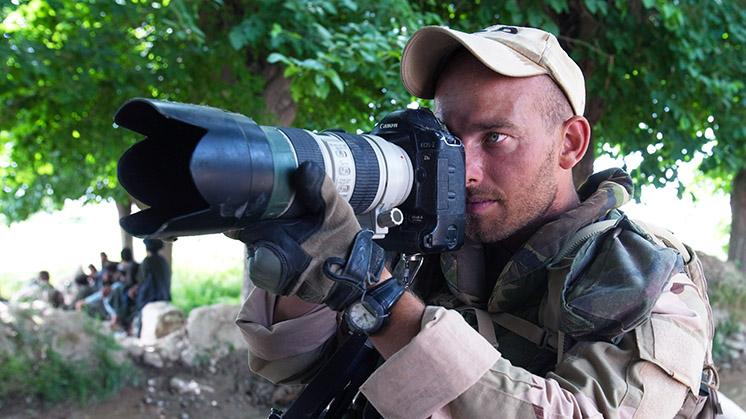 Defensiefotograaf Dave heeft PTSS en voelt zich in de steek gelaten door Defensie