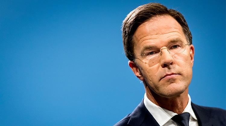 VVD maakt flinke val en verliest in een maand 7 zetels
