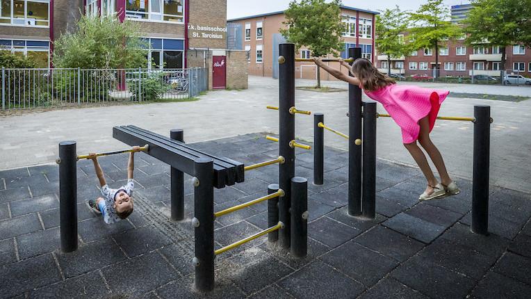 Kinderen spelen steeds minder buiten, maar daar is niet één reden voor