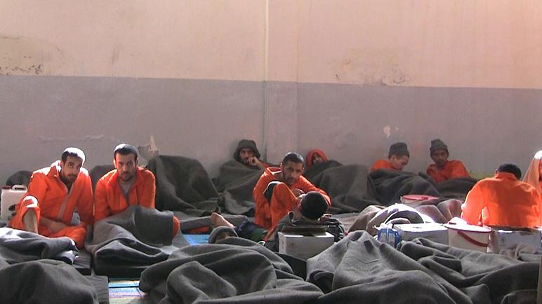 In de gevangenis bij IS'ers in Syrië: 'Bijna iedereen zegt onschuldig te zijn'