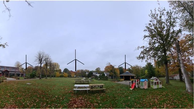 De windmolens staan nog geen halve kilometer van het oord vandaan