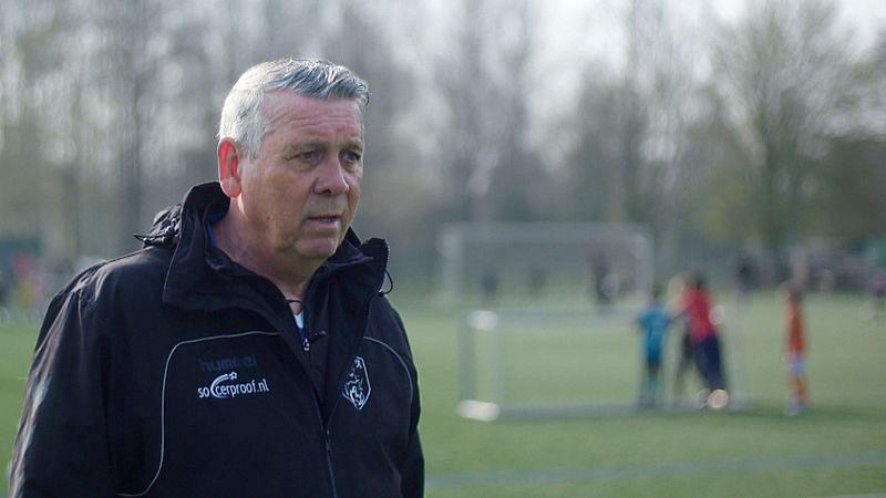 Grote druk op voetbaltalenten: 'Hun zelfvertrouwen zakt tot het dieptepunt'