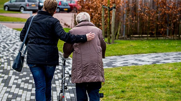 GroenLinks: 'Laat demente ouderen niet geforceerd thuis wonen'