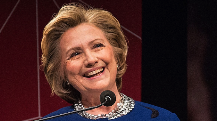 Hillary zingt 'I will survive'
