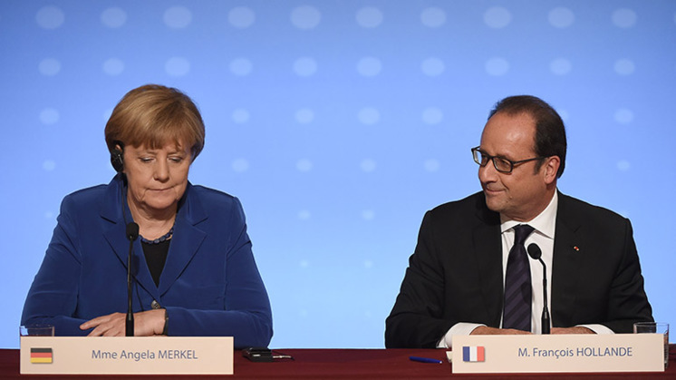 'Historische Europese speech Merkel en Hollande'