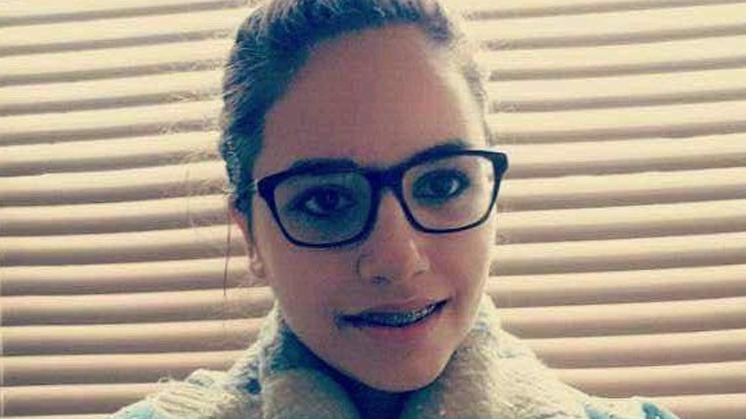 Over pubers: chagrijnige zus tijdens Ramadan