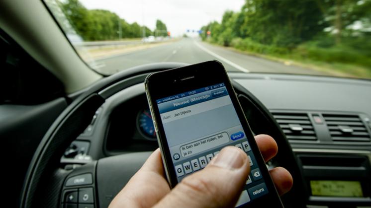 Meer verkeersongevallen door smartphonegebruik