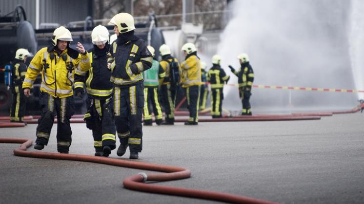 Brandweer in de val gelokt tijdens oud en nieuw