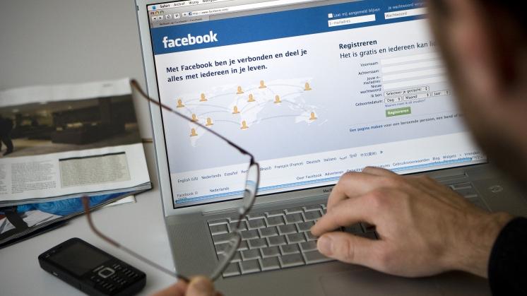 Ouders en jongeren geen 'vrienden' op sociale media