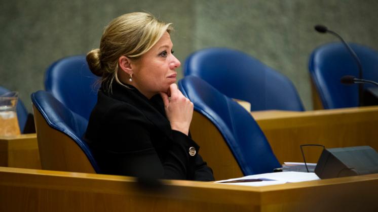 Volg het Kamerdebat misstanden vliegveld Eindhoven