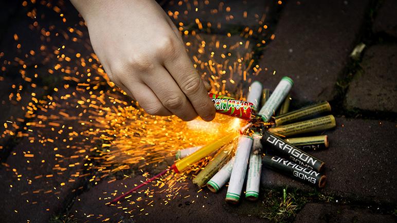 Woede op Twitter en Facebook om advies verbod op vuurwerk